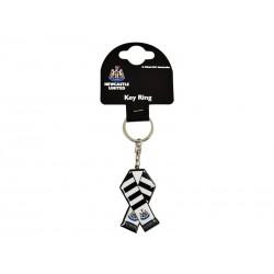 Prívesok na kľúče NEWCASTLE UTD Metal Scarf