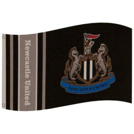 Klubová vlajka 152/91cm NEWCASTLE UNITED F.C. Crest