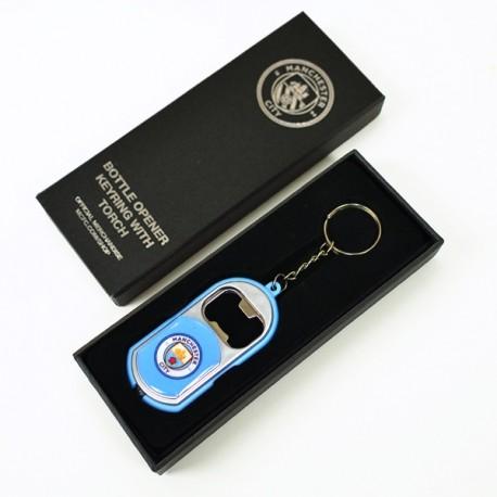 Prívesok na kľúče MANCHESTER CITY 3v1 / prívesok, otvárač, baterka FOREVER COLLECTIBLES MNC1882